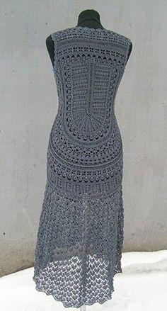 Crochét grey dress