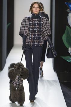 Mulberry_FW13_1407.jpg 1.280×1.920  http://www.gloveloveblog.com/2012/01/runway-gloves-christian-dior-leather-opera-gloves-christian-dior-springsummer-haute-couture-runway-p.html: