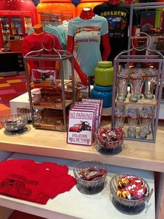 5 Amazing Gift Shops that Most People Miss at Walt Disney World ... because they're located in resorts! Worth a visit!