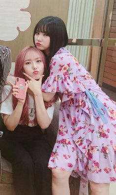 Kpop Girl Groups, Korean Girl Groups, Kpop Girls, Extended Play, K Pop, Sinb Gfriend, Kim Ye Won, Cloud Dancer, Rainbow Flowers