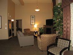 Get the best value for your money and make the most of your Okanagan vacation with the Best Western Plus Wine Country. Honeymoon Suite, Country Hotel, Hotel Suites, Best Western, Wine Country, The Neighbourhood, The Neighborhood