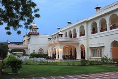 Heritage Hotel in Rajasthan  http://www.tourplan2india.com/a-royal-stay-in-jaipur-top-3-heritage-hotels-for-palatial-luxuries/
