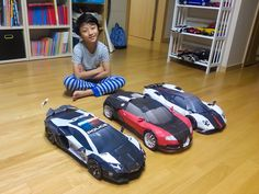 Bugatti Veyron, Lamborghini Aventador and Pagani Zonda DIY papercraft models built by Hyun Seo Lee of Korea. Get and build yours at http://visualspicer.com/store