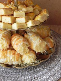 Sajtos rolo Hungarian Recipes, Hungary, Cheese, Baking, City, Finger Food, Bakken, Cities, Backen