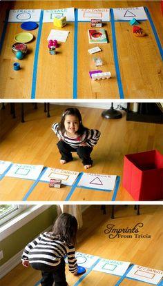 shape games for kindergarten Preschool Learning, Kindergarten Activities, Teaching Kids, Eyfs Activities, Toddler Learning Activities, Infant Activities, Shape Activities, Rainy Day Kids Activities, Shape Games