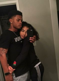 How do women liked to be SPOILED? The post How do women liked to be SPOILED? & couple appeared first on Relationship goals . Couple Goals Relationships, Relationship Goals Pictures, Couple Relationship, Healthy Relationships, Black Couples Goals, Cute Couples Goals, Cute Black Couples, Goofy Couples, Dope Couples