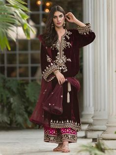 indian fashion Anarkali -- Click Visit link above for more info Pakistani Dress Design, Pakistani Outfits, Indian Outfits, Velvet Pakistani Dress, Latest Pakistani Fashion, Pakistani Clothing, Indian Attire, Indian Wear, Indian Designer Outfits
