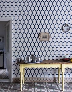 a geometric print wallpaper demands to be admired- Farrow & Ball Kitchen Wallpaper, Modern Wallpaper, Print Wallpaper, Home Wallpaper, Wallpaper Ideas, Farrow Ball, Drawing Room Blue, Dining Room Paint Colors, Paint Colours