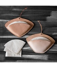 Leather coffee filter holder