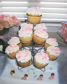 Simple Baby Shower Cupcakes