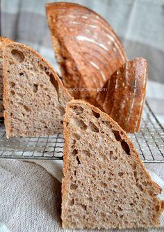 Cum se face maia naturală pentru pâine fără drojdie - rețeta de drojdie sălbatică | Savori Urbane Breakfast Recipes, Bread, Cookies, Food, Natural, Fine Dining, Crack Crackers, Eten, Cookie Recipes