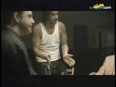 Un violinista en tu tejado - Melendi video and lyrics - YouTube