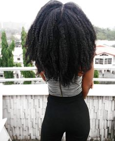 Your Natural hair can grow longer! Try these 20 tips on how to grow yours today! - Your Natural hair can grow longer! Try these 20 tips on how to grow yours today! Your Natural hair can grow longer! Try these 20 tips on how to grow yours today! Cabelo Natural 4c, Cabello Afro Natural, Natural Hair Tips, Natural Hair Growth, Natural Hair Journey, Long Natural Hair Styles, Afro Hair Natural, Natural African Hair, How To Grow Natural Hair