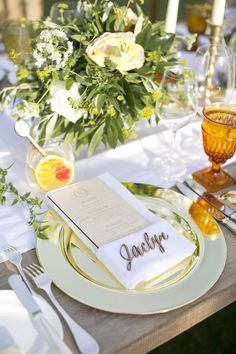 27 Wedding Trends We Have to Look Forward to In 2016 - Featured photo by Gold Leaf Event Design & Production