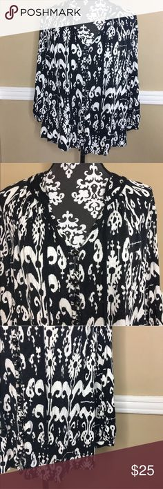 Plenty By Tracy Reese Boho Peasant Top Printed Plenty By Tracy Reese Black and Ehite Boho Peasant Style Top Size S. Excellent condition. Plenty by Tracy Reese Tops