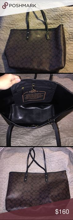 Coach tote In New used condition. Very nice bag. Bought here on posh. I just don't use it anymore. Needs a new home. Coach Bags Totes