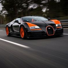 Bugatti has set another world record! This time, theyve built the fastest open top production car, the Bugatti Veyron Grand Sport Vitesse (Cool Cars Bugatti) Bugatti Veyron, Bugatti Cars, Lamborghini Veneno, Dream Cars, Rolls Royce, Aston Martin, Ford Mustang, Jaguar, Diesel