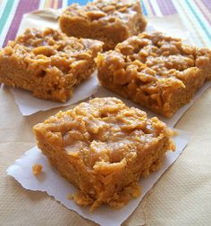 Delicious Peanut Butter Corn Flake No-Bake Treats are easy and only take about 10 minutes to make. Click for recipe.