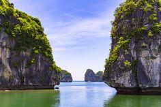 Ha Long Bay Vietnam [OC] [60004000] #reddit