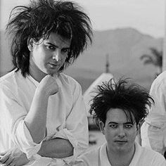 Robert Smith & Simon Gallup The Cure Robert Smith The Cure, James Smith, Pop Songs, Post Punk, Pictures Of You, Pop Music, Cemetery, Fireworks
