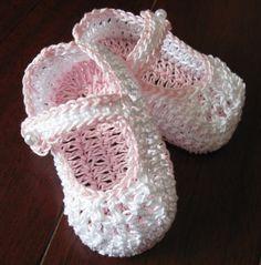 Crocheted Newborn Baby Girl Booties Crib Shoes