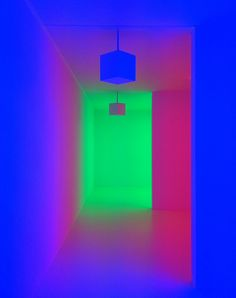Carlos Cruz-Diez - Chromosaturation  I really like the colour contrasts in this image.
