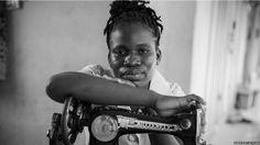 Fotógrafo feminista retrata cotidiano de mulheres africanas. Para o fotógrafo Nana Kofi Acquah, o que mais se vê na maior parte da África que visitou são mulheres sendo tratadas pelos homens como pessoas de segunda classe; elas não têm voz própria e vivem em sociedades nas quais não contam com sistemas de proteção.  Fotografia: Nana Kofi Acquah/ BBC Brasil.