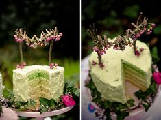 Geen wedding cake, clothespink with cake topper - A mythical tune: Irish wedding traditions