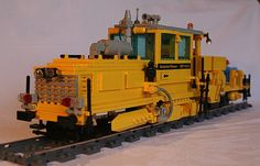 legotrein forum // legotrain forum :: Onderwerp bekijken - Maintenance of Way (MOW) Cars without construction plan Lego Train Tracks, Lego Trains, Boy Toys, Toys For Boys, Lego City, Locomotive, Legos, Construction, Lego Stuff