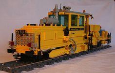legotrein forum // legotrain forum :: Onderwerp bekijken - Maintenance of Way (MOW) Cars without construction plan Lego Train Tracks, Lego Trains, Boy Toys, Toys For Boys, Lego City, Locomotive, Legos, Diy And Crafts, Construction