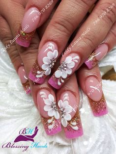 #nailmagazine #nailfashion #prettynails #nailaddict #uñasdecoradas #nailart