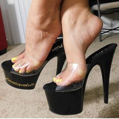 high heels – High Heels Daily Heels, stilettos and women's Shoes Sexy Sandals, Shoes Heels Wedges, Bare Foot Sandals, Wedge Heels, Sexy Legs And Heels, Hot High Heels, Feet Soles, Women's Feet, Transparent Heels