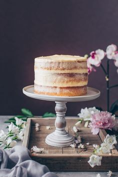 This is the best Vegan Vanilla Cake recipe! It's a fluffy, soft and moist vanilla layer cake with simple buttercream frosting. Easy to make and delicious! Easy White Cake Recipe, Best Vanilla Cake Recipe, Vegan Vanilla Cake, Puff Pastry Recipes Savory, Easy Puff Pastry Recipe, Chocolate Chip Recipes, Vegan Chocolate, Vegan Buttercream Frosting, How To Make Wedding Cake