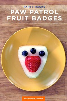 Need a quick, healthy kids snack to serve at your preschooler's PAW Patrol birthday party? Whip up these last minute fruit badges with pears and berries and get ready for some party action!