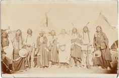 Photography, Wounded Knee: A Group of Sioux Warriors Including Plenty Horses,Who Killed Lieutenant Casey at the Infamous Engagement. Sioux, Mystery Photos, Bear Coat, Photo Grouping, Native American Indians, Historical Photos, Nativity, Horses, Elk
