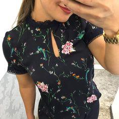 Blusa 129,90 P M G ⚜️VENDEMOS PRA TODO BRASIL ❤️️FAÇA SEU PEDIDO PELO 31-995290424⚜️ FRETE GRÁTIS ACIMA 400,00  frete grátis  PAGAMENTO: #moda#roupa#lojafemininabh#modabh#look##blusa#life#amo#moda#barropreto#belohorizonte #dress#advogada#juiza#detalhesqueamo#instagram #blogger#instafashion #instamodas #bh_photographers