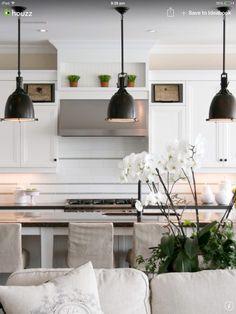 pendant lighting white kitchen Deciding On The Excellent Kitchen Pendant Lighting decoration ideas Kitchen Pendant Lighting, Kitchen Pendants, Pendant Lights, Overhead Kitchen Lighting, Island Pendants, Pendant Lamps, Track Lighting, Black Kitchens, Home Kitchens