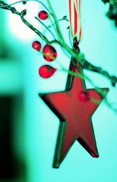 Red glass star