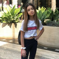 Image may contain: 1 person, standing and outdoor Cute Teen Outfits, Teenage Girl Outfits, Kids Outfits Girls, Preteen Fashion, Kids Fashion, Fashion Outfits, Teen Girl Photography, Children Photography, Teen Girl Poses