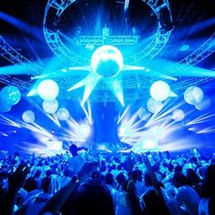 electronic music weekend  www.urmunich.com #edm #munich #festival
