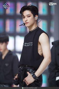 Beautiful Boys, Pretty Boys, Hyun Jae, Boy Idols, Bermuda Triangle, Ideal Man, Blackpink Photos, Kpop Boy, Handsome Boys