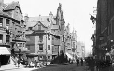 John Knox's House  1897, Edinburgh - it's amazing how similar this view still looks today! http://www.aboutbritain.com/towns/edinburgh.asp