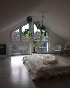 Minimalist Interior Design - Minimalist Home Decor - Minimalist Home Decor, Minimalist Bedroom, Minimalist Studio Apartment, Home Bedroom, Bedroom Decor, Bedrooms, Design Bedroom, Bedroom Ideas, Home Design