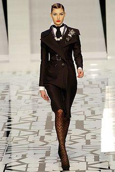 Look 1 of 66  Fall 2004 Ready-to-Wear  Valentino  Model  Eugenia Volodina (NATHALIE)