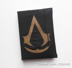 Assassin`s Creed Fanstuff- Kalenderhülle aus altem Hosenbein, upcycling