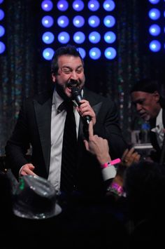 Pin for Later: Celebrities Party in the South at the Kentucky Derby  Joey Fatone was one of the stars who performed at the Barnstable Brown Gala on Friday.