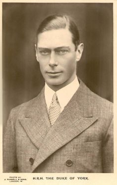 Albert Frederick Arthur George (King George VI) He married Elizabeth Angela Marguerite Bowes-Lyons. They had two daughters: Elizabeth Alexandra Mary (Queen Elizabeth II), Margaret Rose. Elizabeth Ii, Queen Elizabeth Father, Queen Mother, George Vi, Reine Victoria, Queen Victoria, Royal Baby Boys, English Royal Family, Estilo Real
