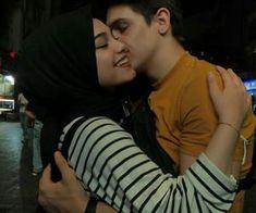 Cute Boy Pic, Cute Love Couple, Cute Girl Poses, Muslim Couple Photography, Cute Couples Photography, Couple Goals Relationships, Relationship Goals Pictures, Cute Couple Selfies, Modest Fashion Hijab