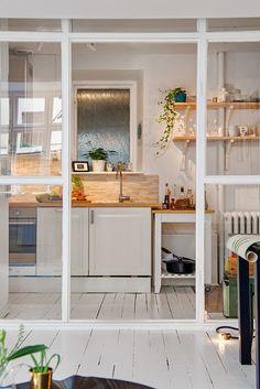 ATELIER RUE VERTE , le blog: Suède / Un petit espace superbement optimisé /