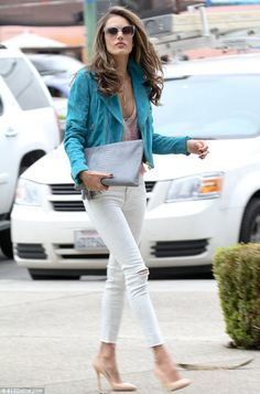 Alessandra Addiction: She's a dream in white jeans! Alessandra Ambrosio shows off her toned legs in skintight denim